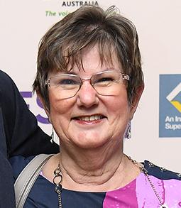 Lynda Robertson